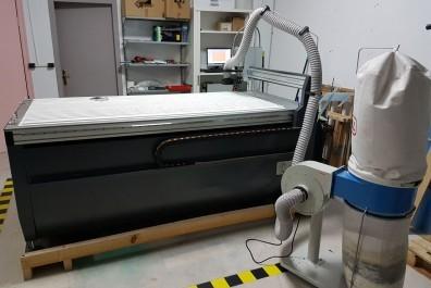 Fresadora CNC - FR210